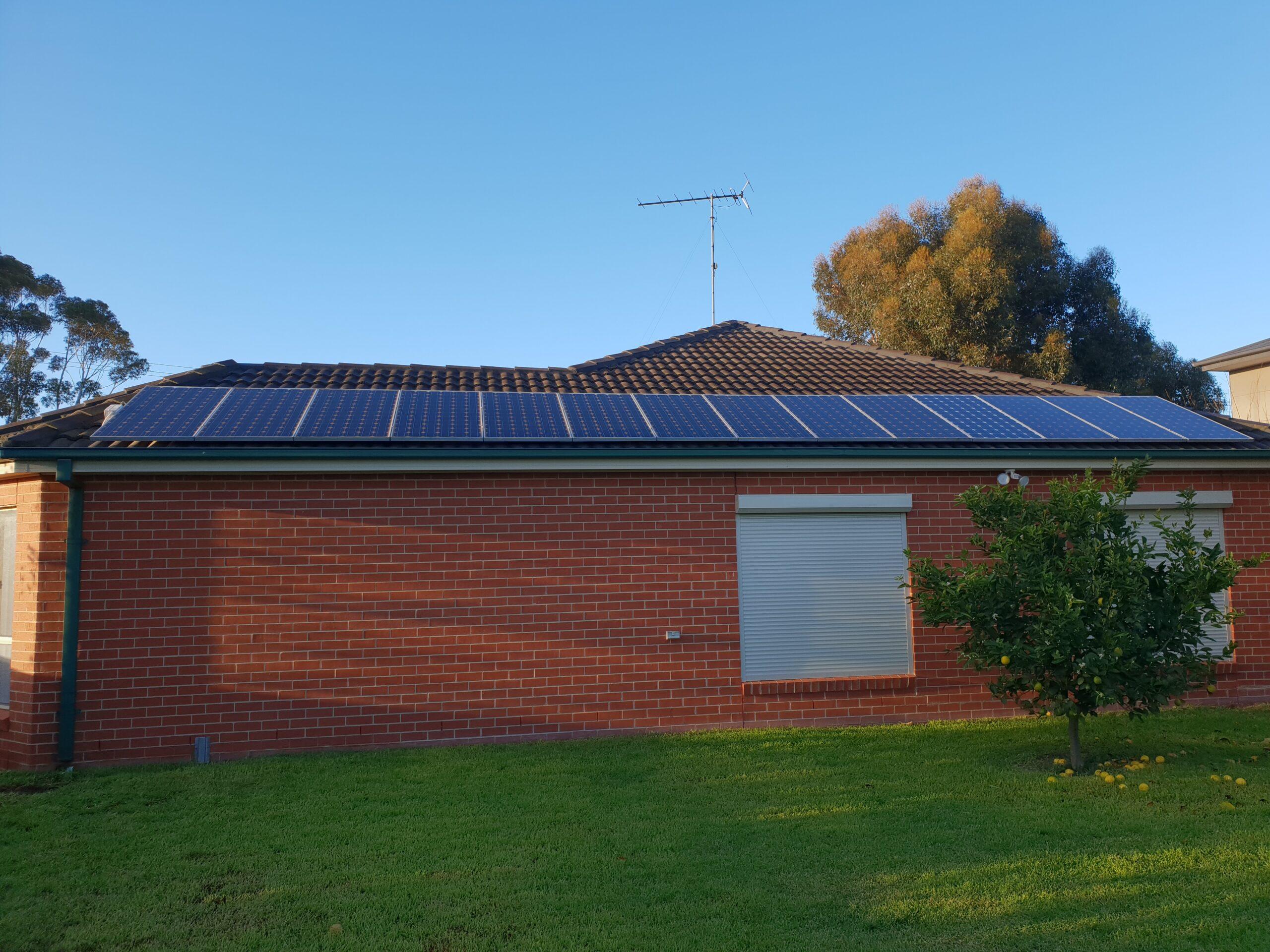 solar-panel-battery geelong